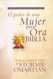 Biblia el poder de una mujer que ora - Rústica